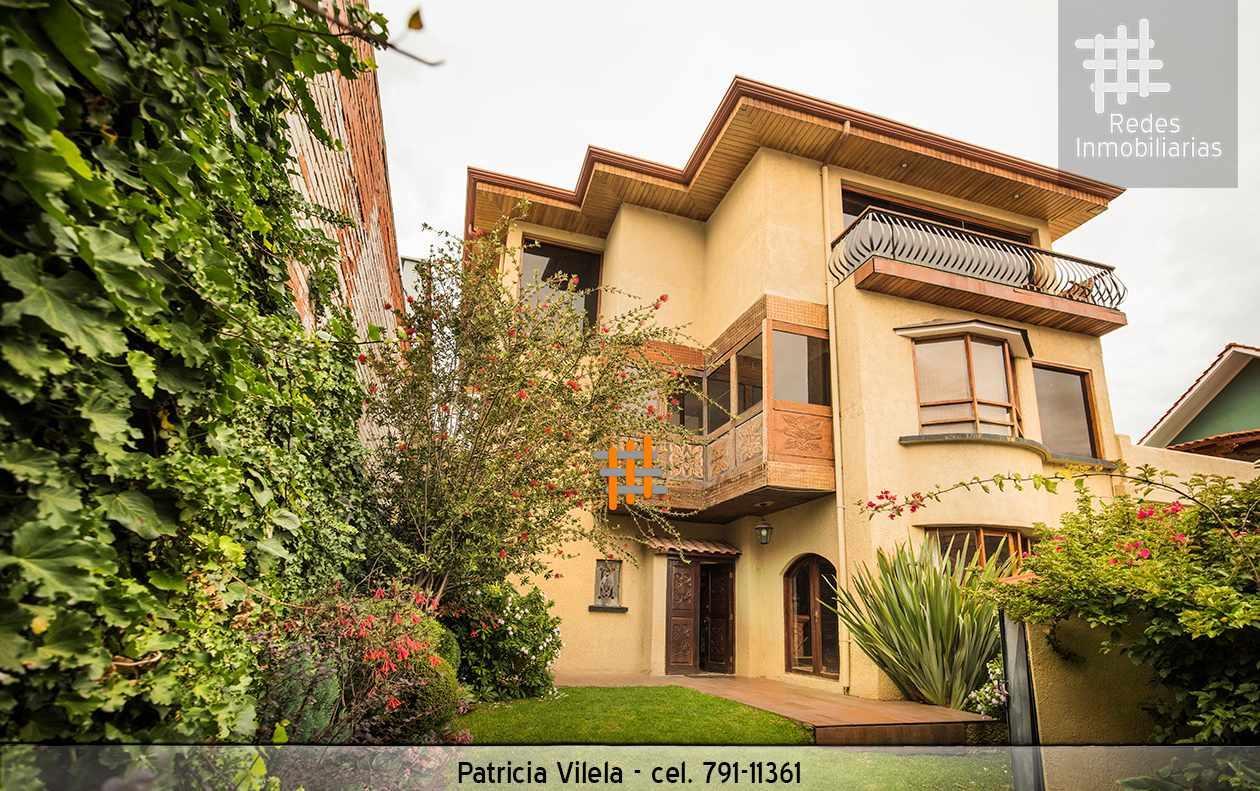 Casa en Venta CASA EN VENTA LA FLORIDA AL FRENTE DEL TENIS LA PAZ TOTALMENTE AMOBLADA Y EQUIPADA   Foto 1