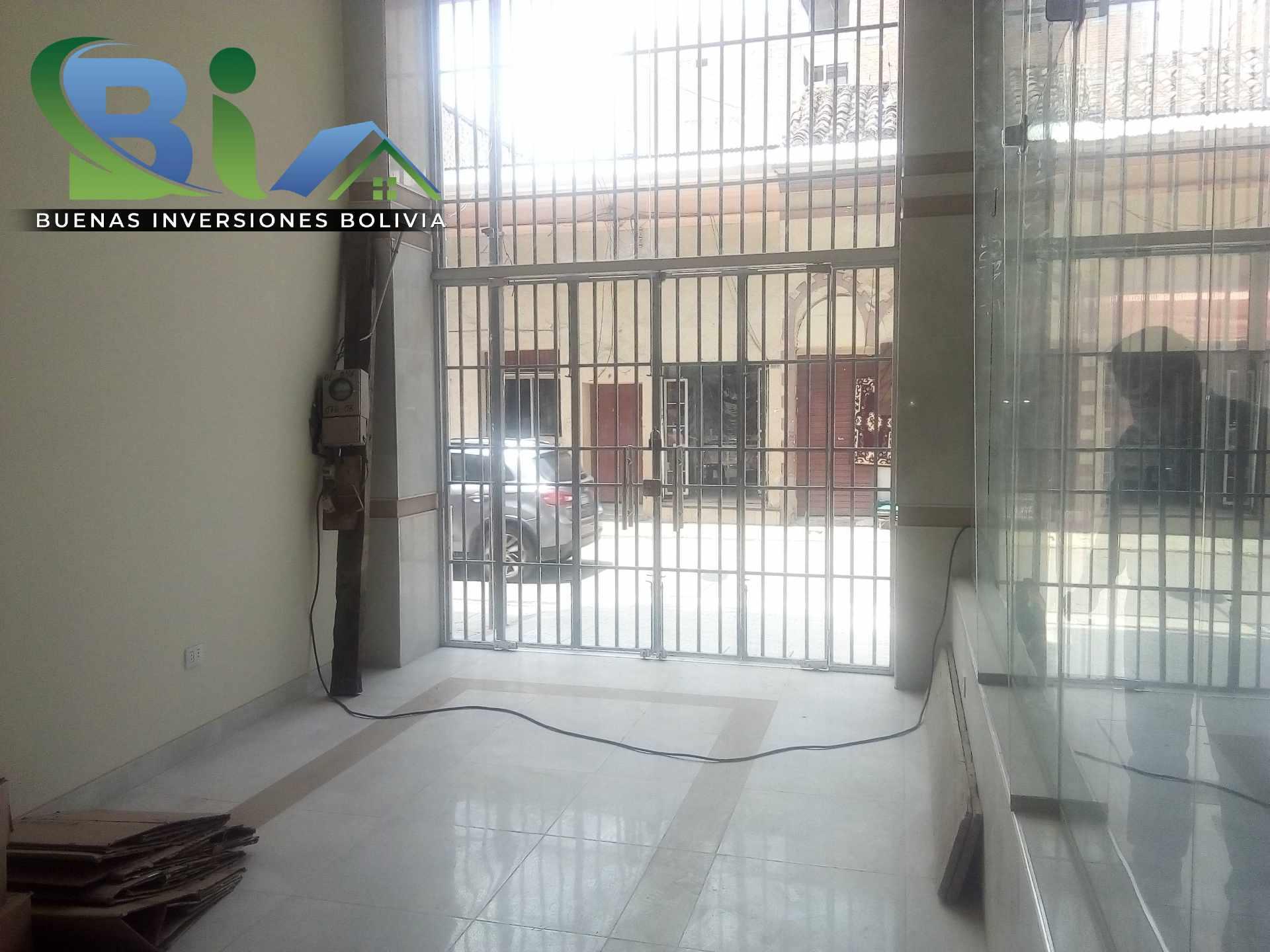 Local comercial en Alquiler Bs.2.500.- ALQUILER LOCAL COMERCIAL+BAÑO PRIVADO CALLE ESTEBAN ARCE Foto 1