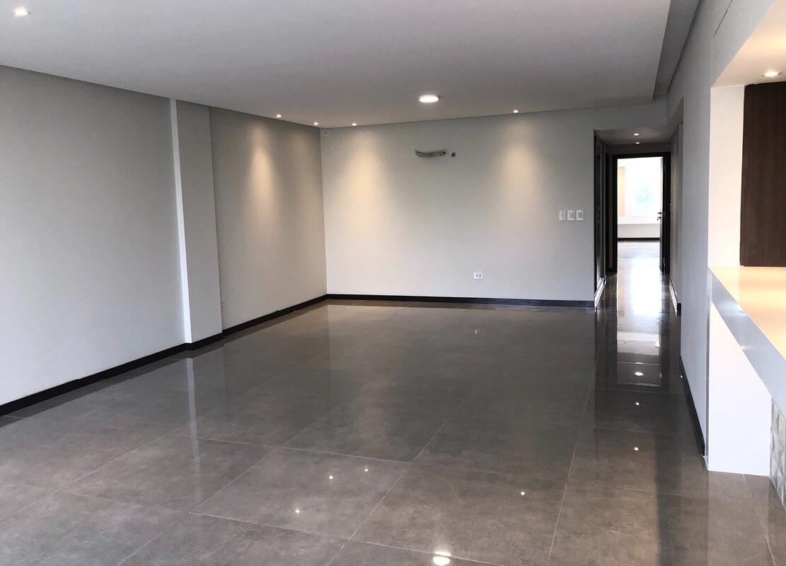 Departamento en Venta Dpto. de lujo 3 suites - Edif. Magnum  Foto 4