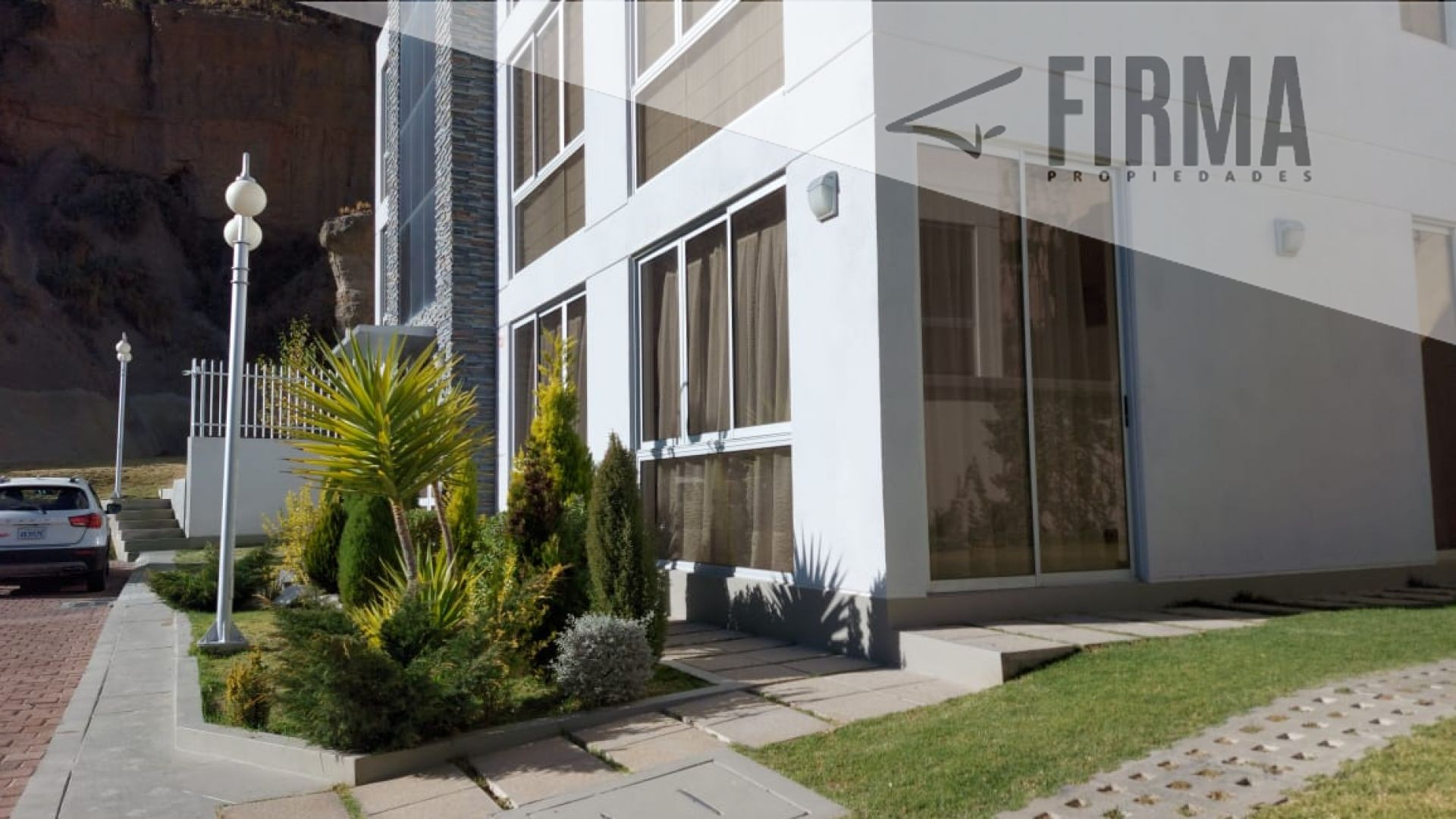 Casa en Venta LA FLORIDA Foto 1