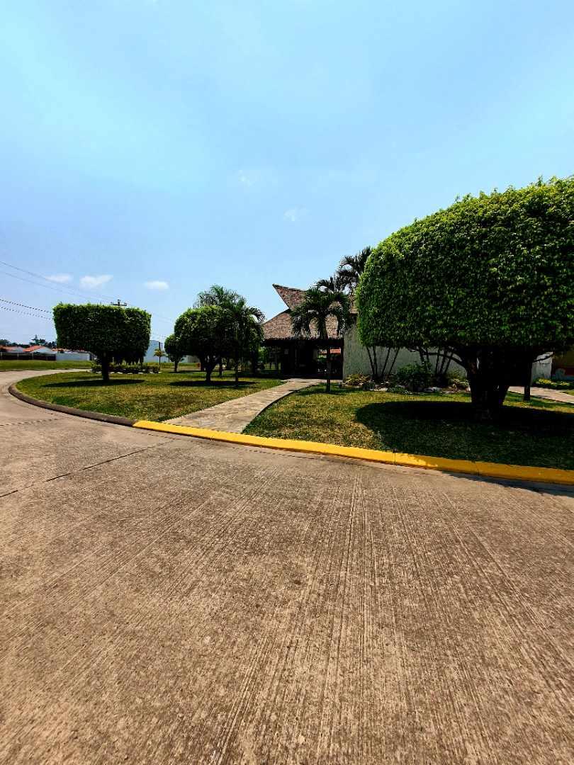 Casa en Venta Zona Norte km 8½ Foto 9