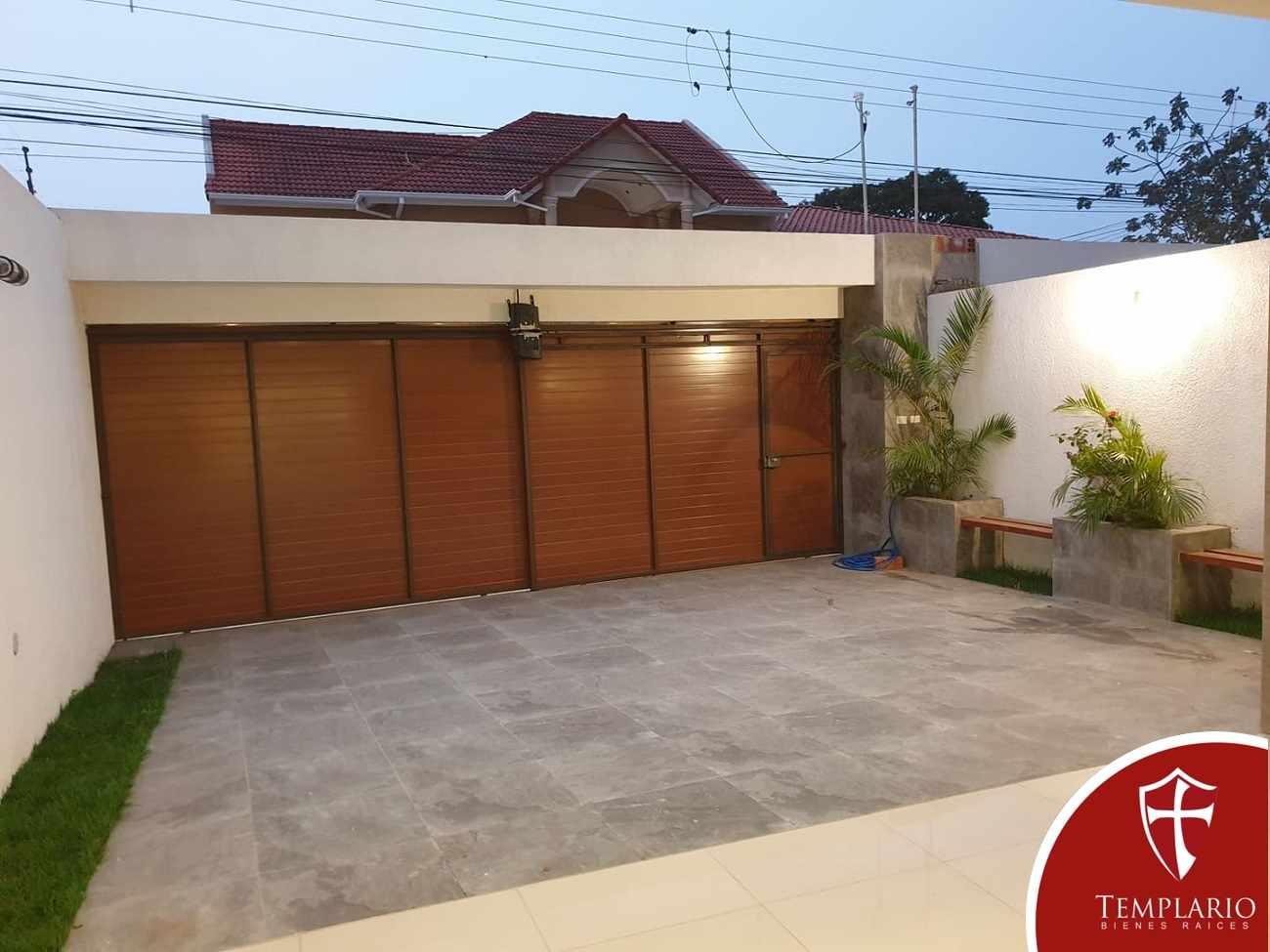 Casa en Venta Av. Santos Dumont 3er y 4to Anillo - Vecindario Residencial Foto 18
