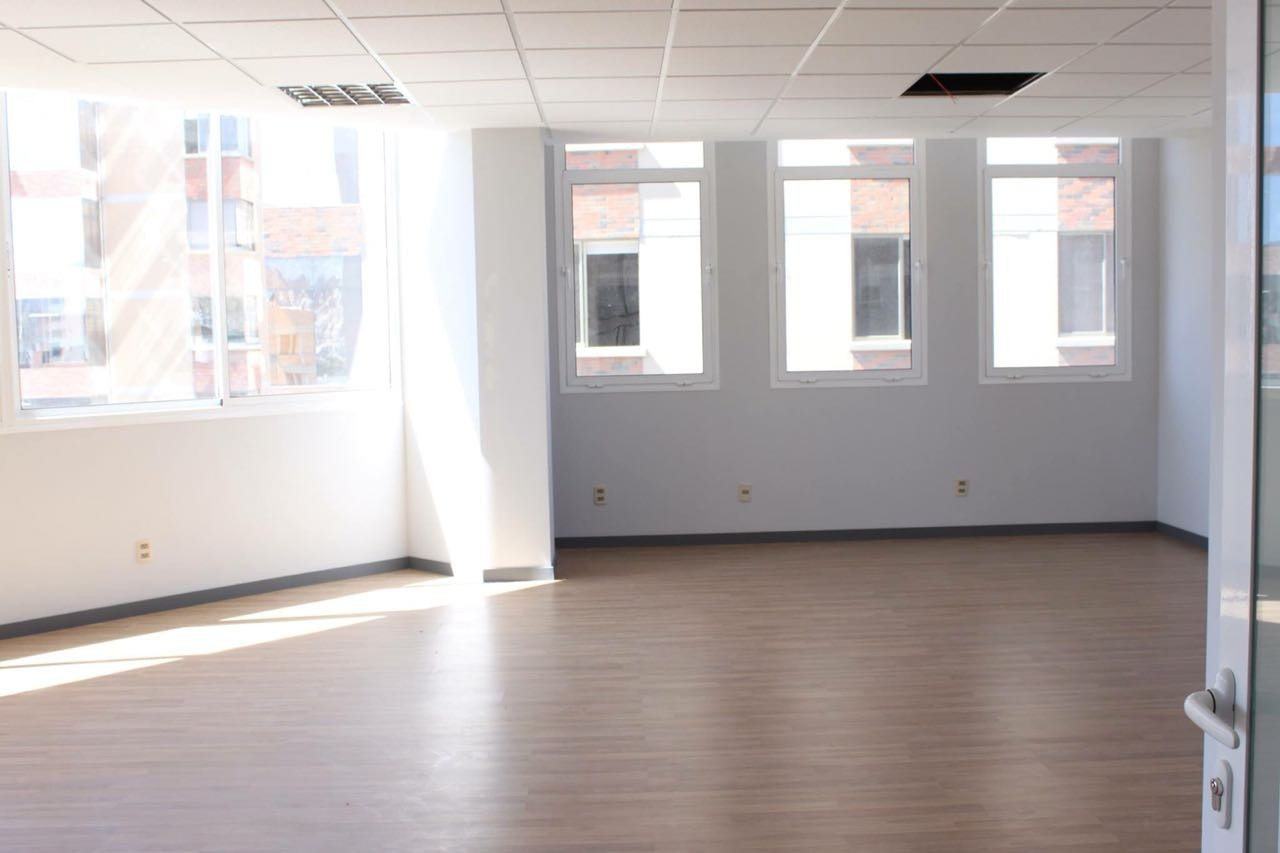 Oficina en Alquiler CALACOTO Foto 4