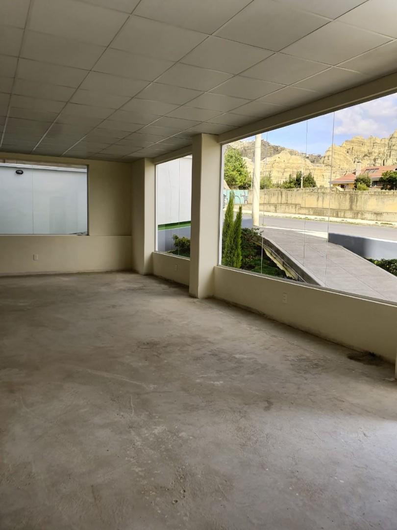 Oficina en Venta Av. Costanera, entre calles 25 y 26 Foto 8