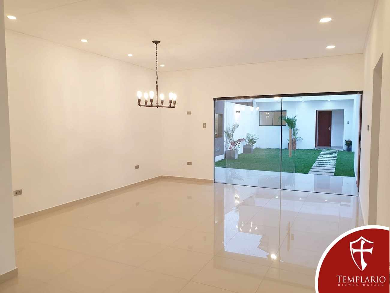 Casa en Venta Av. Santos Dumont 3er y 4to Anillo - Vecindario Residencial Foto 23