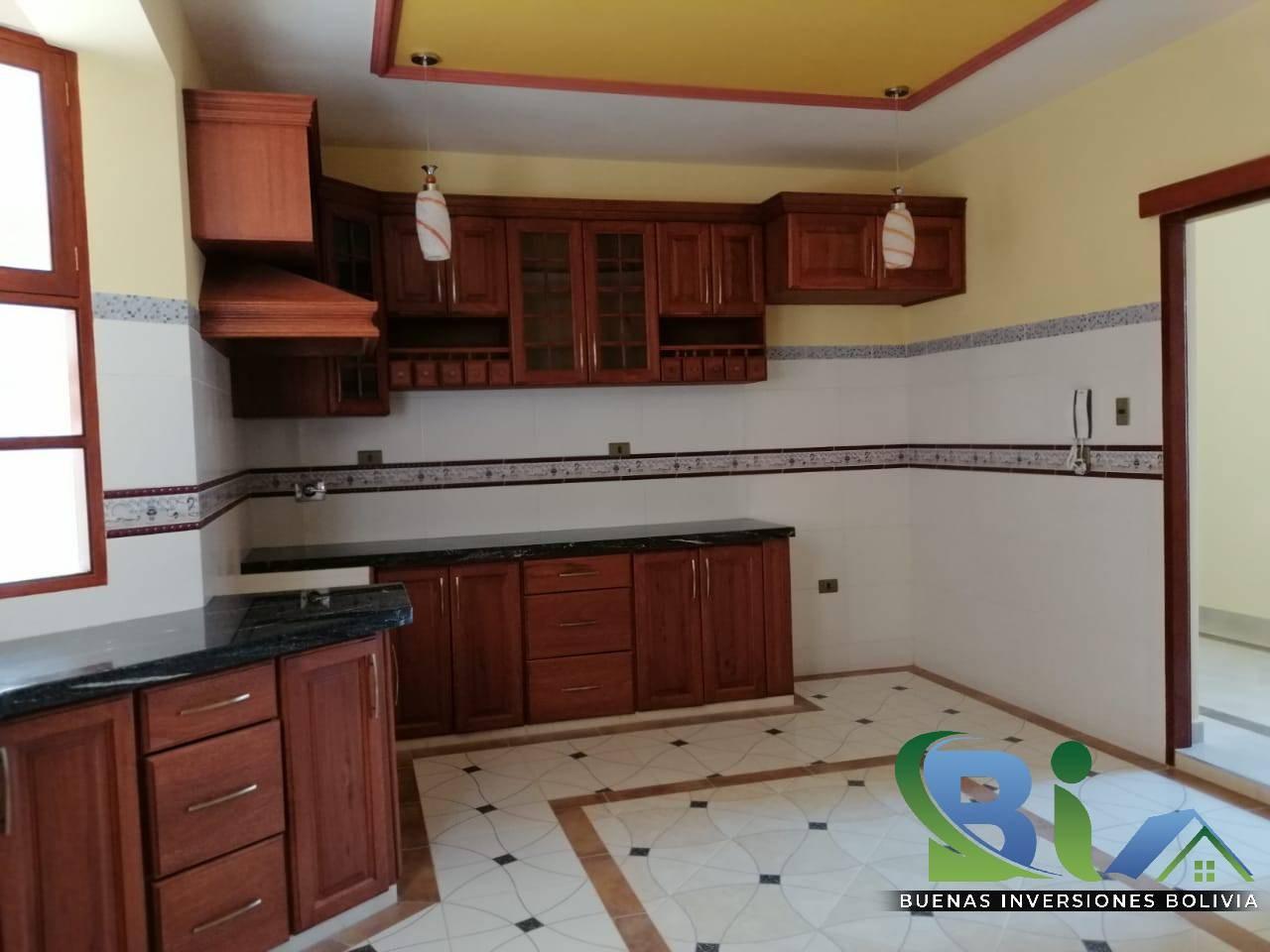 Casa en Venta $us 362.000.- CASA NUEVA PROX. PARQUE LINCOLN Foto 14