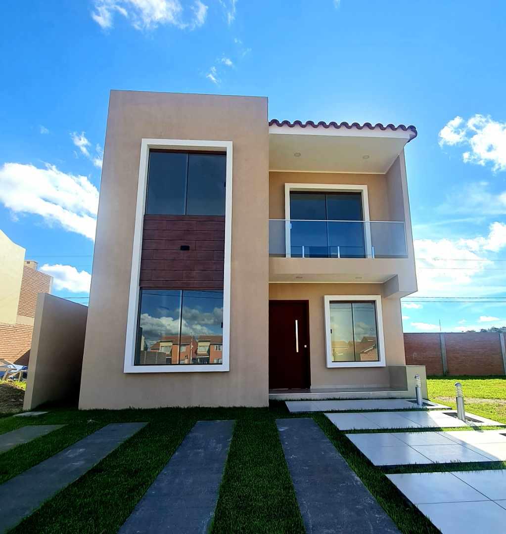 Casa en Venta Zona Norte km 8½ Hermosa Casa en Venta Condominio Cerrado Foto 1