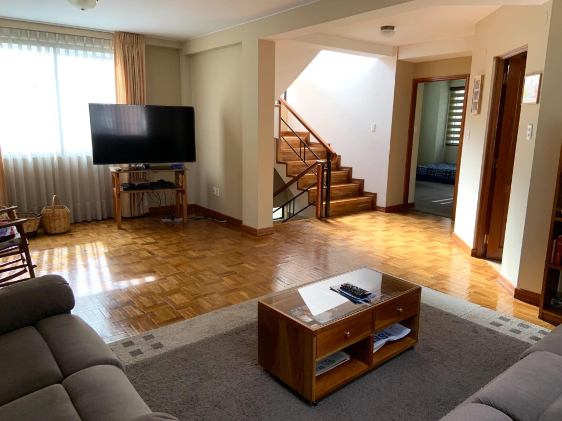 Casa en Venta Achumani inmediaciones del viaducto del Asilo San Ramón y también a la residencia americana. Altura calle 27  Foto 17