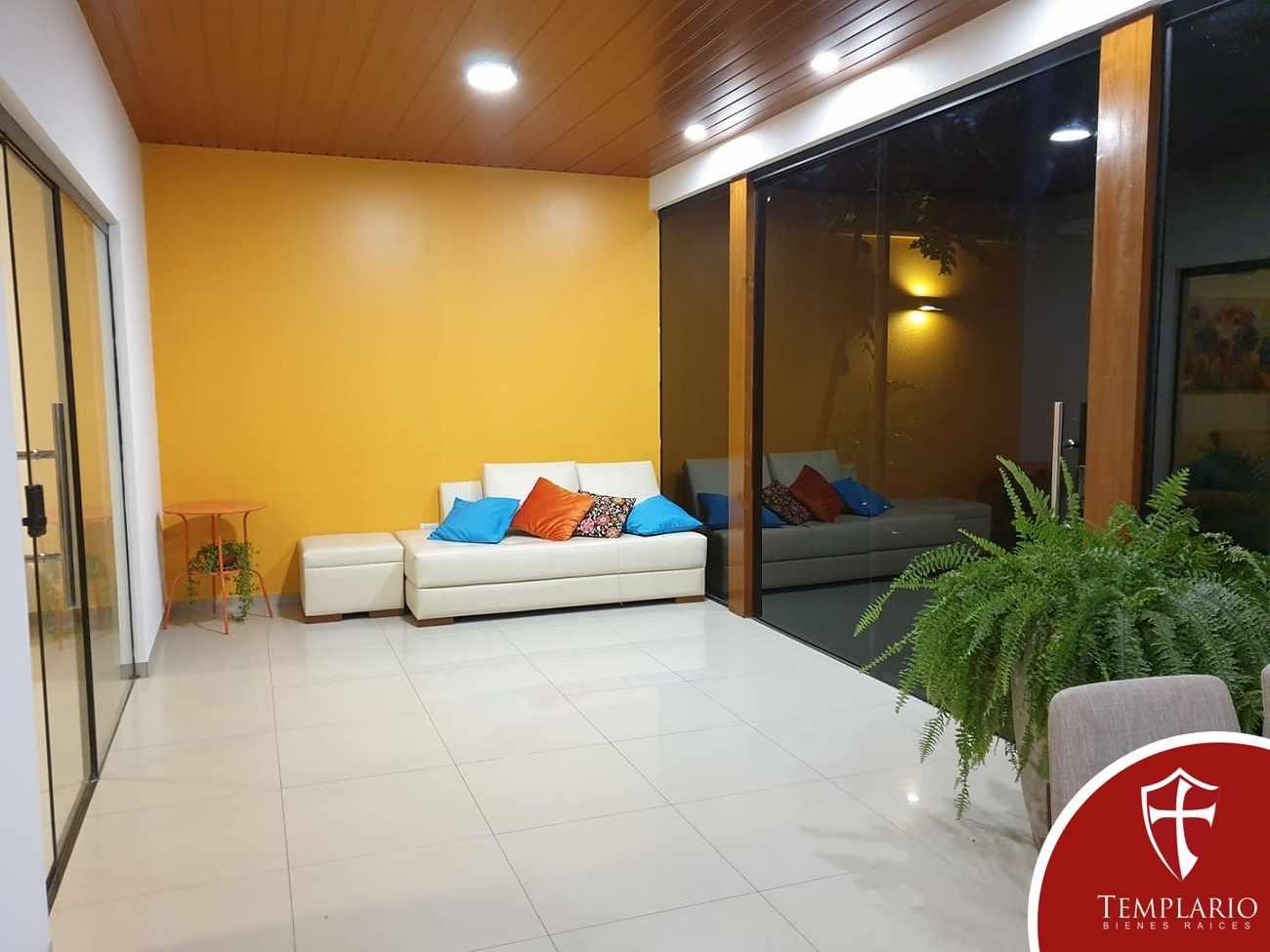 Casa en Venta Av. Beni 8vo Anillo - Zona Norte Foto 26