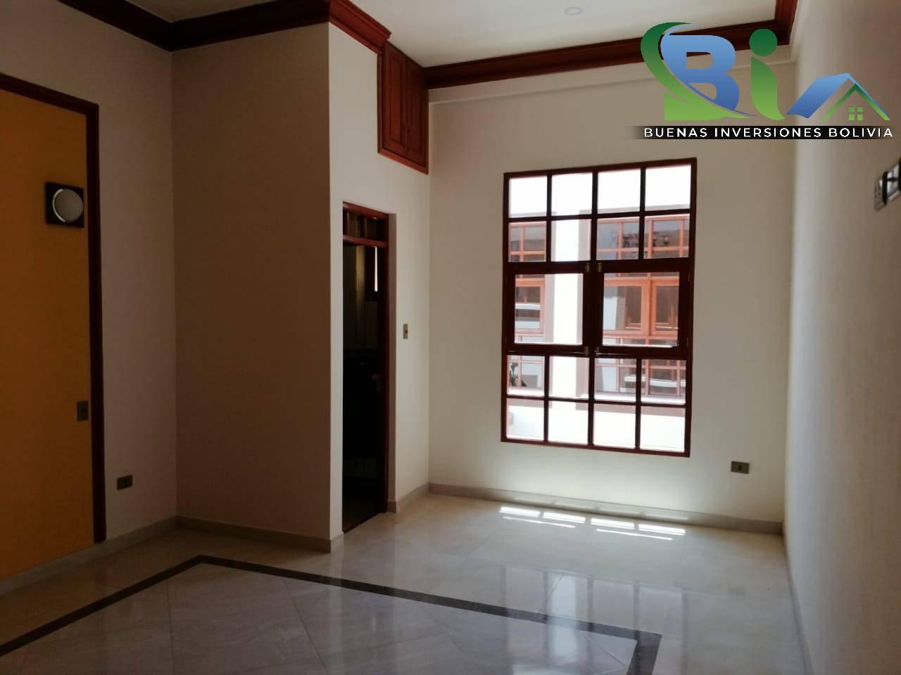 Casa en Venta $us 362.000.- CASA NUEVA PROX. PARQUE LINCOLN Foto 15