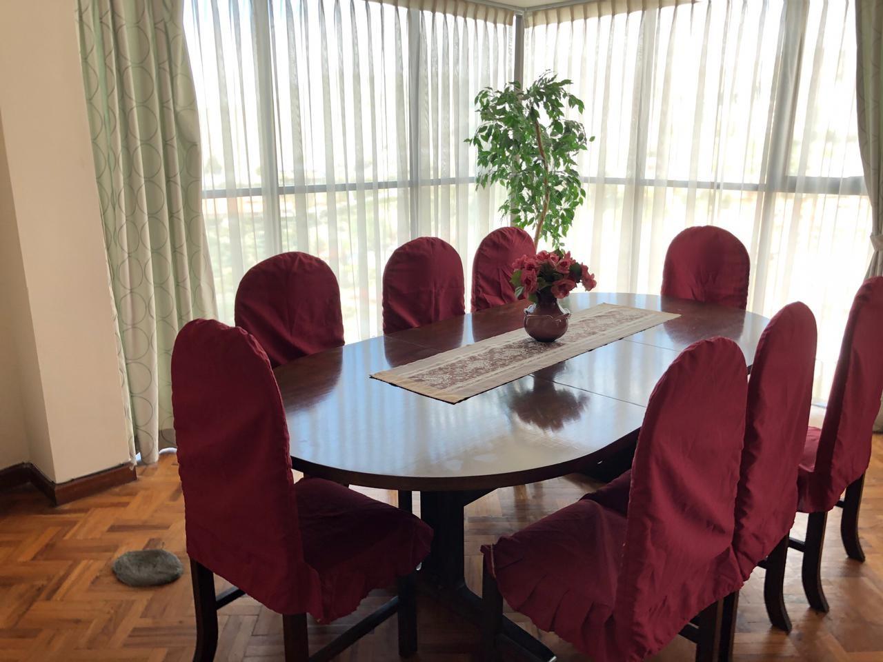 Habitación en Alquiler Amplia y Cómoda habitación en Sopocachi. Av. 20 de Octubre, esq. Campos. Edificio Csapeck  Foto 10