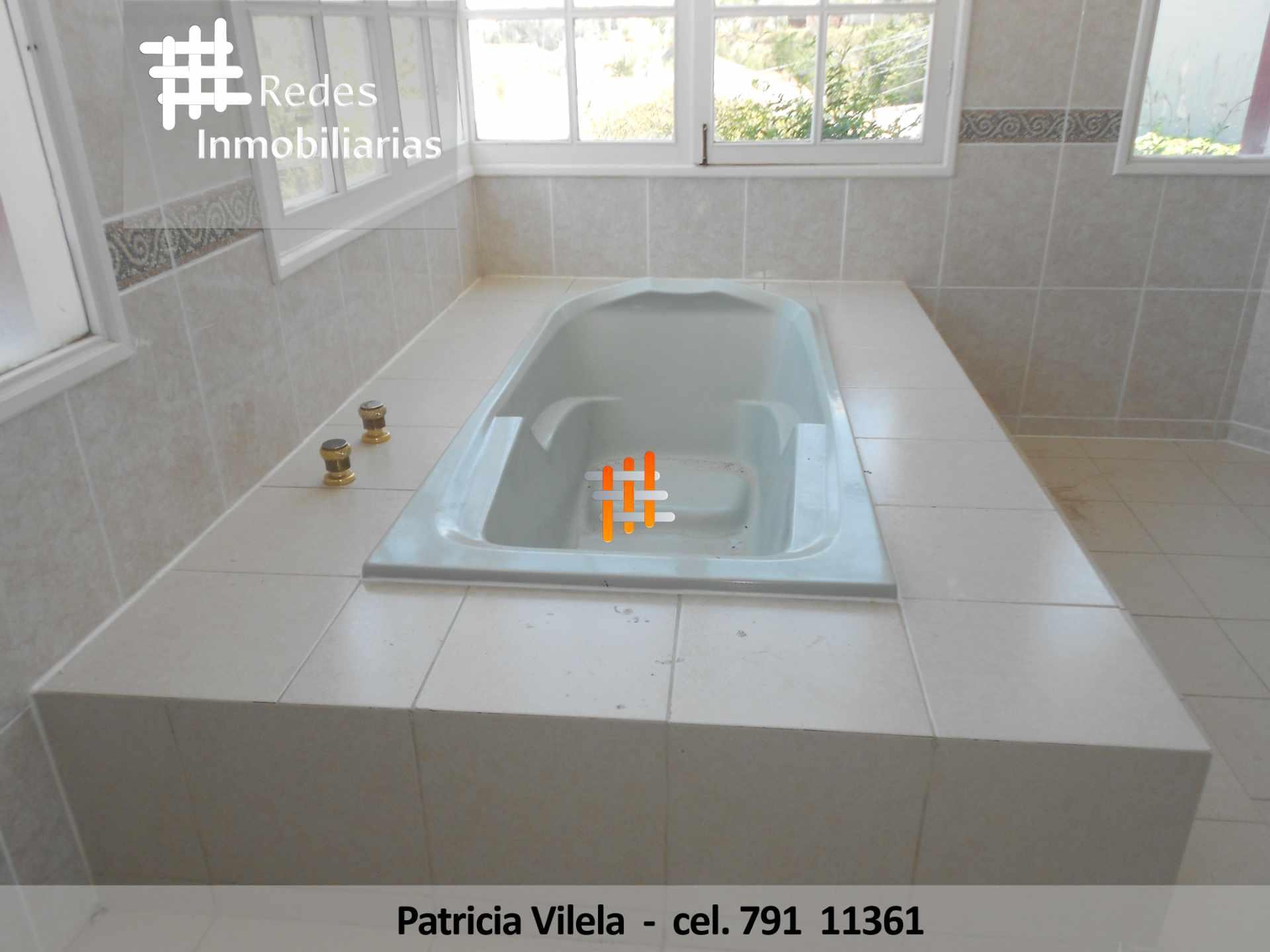 Casa en Venta HERMOSA CASA EN VENTA ACHUMANI CONDOMINIO PRIVADO  Foto 14