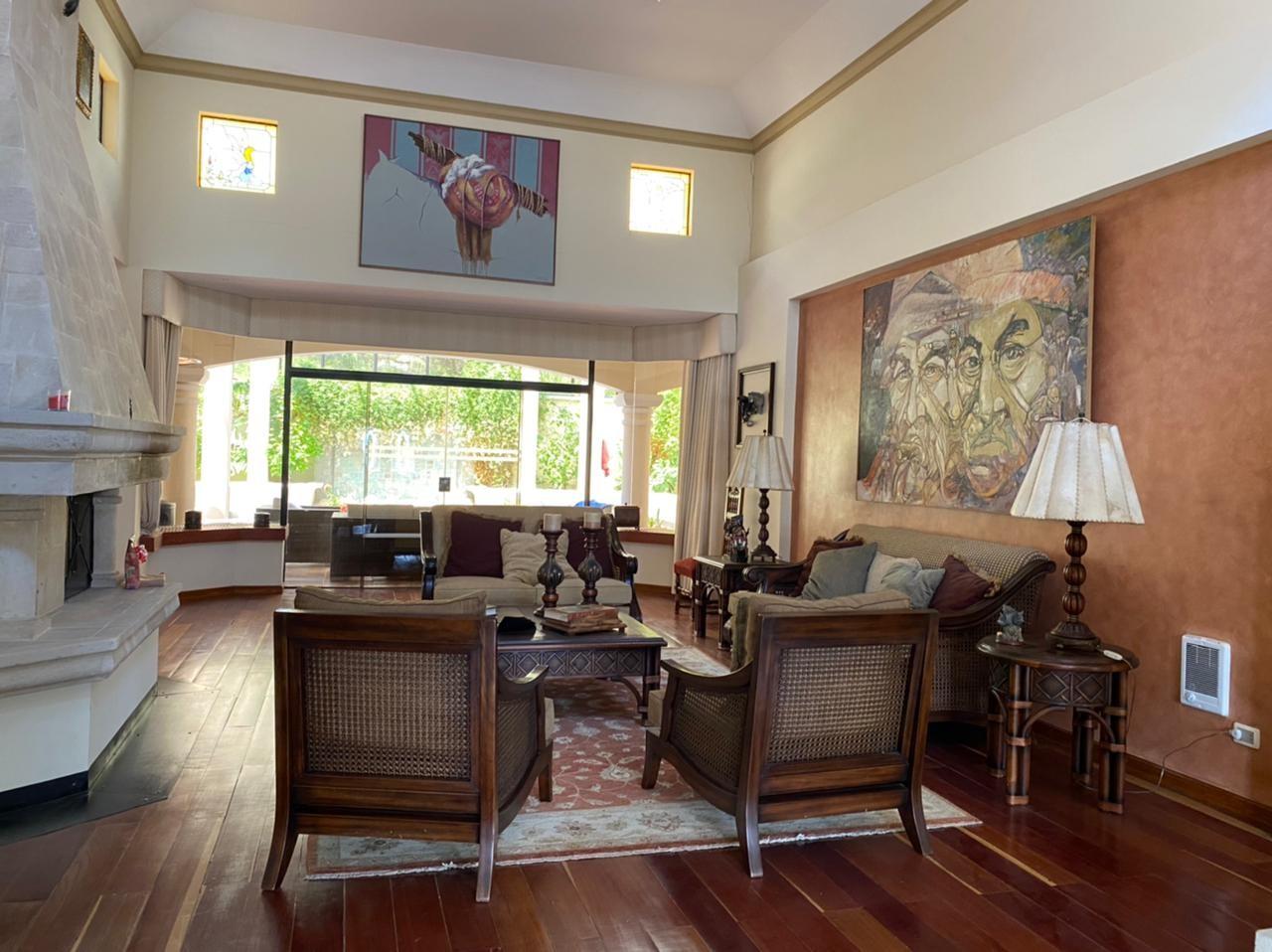 Casa en Venta BELLISIMA MANSION EN EL GOLF- AMOBLADA Foto 9
