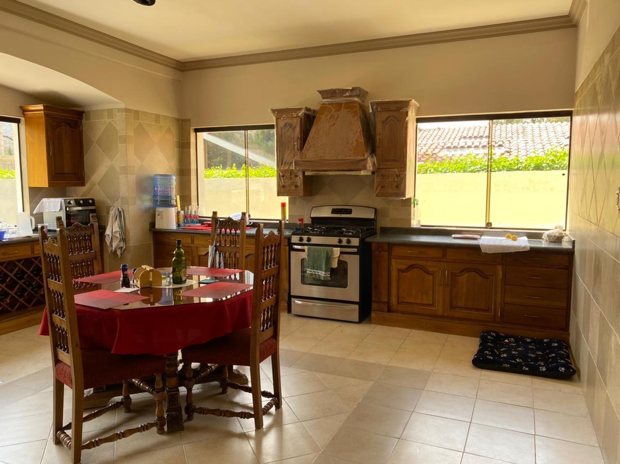 Casa en Venta BELLISIMA MANSION EN EL GOLF- AMOBLADA Foto 20