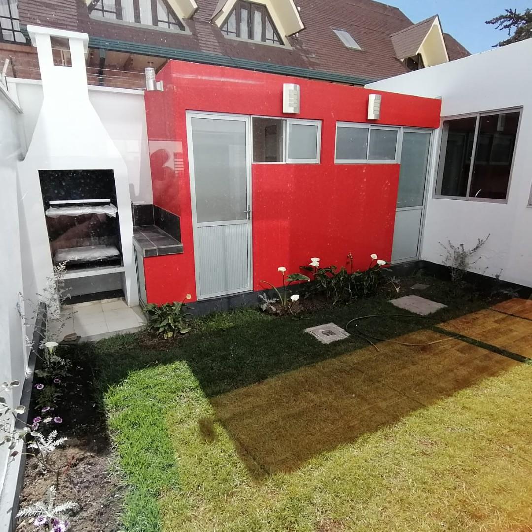 Casa en Alquiler $us.1.200.- ALQUILER HERMOSA CASA EN LOS PINOS LPZ  Foto 10