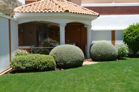 Casa en Alquiler ACHUMANI - JARDINES DEL SUR, EXCELENTE RESIDENCIA  Foto 2