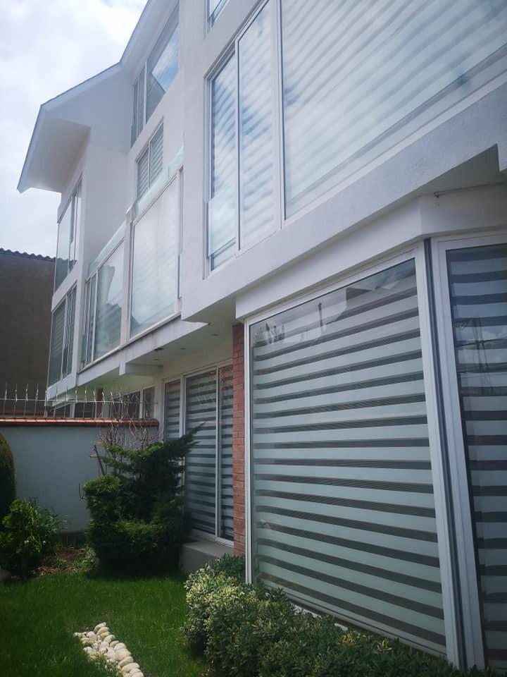 Casa en Venta Achumani calle 17 Foto 1