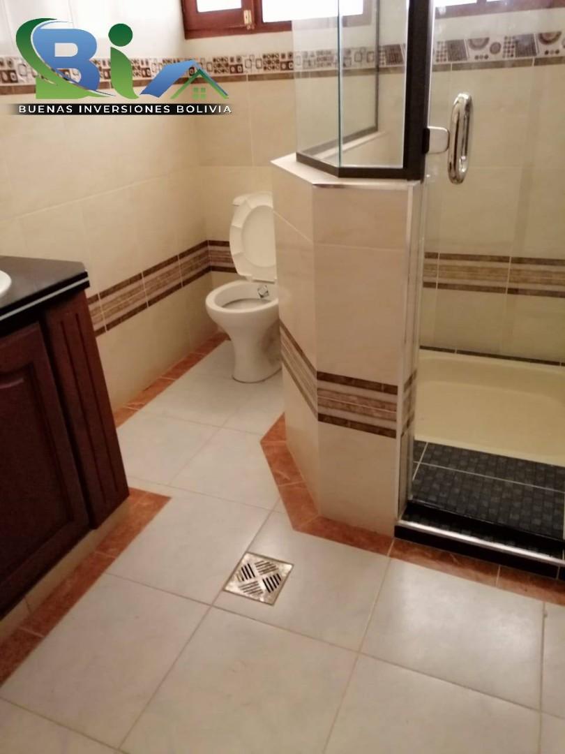 Casa en Venta $us 362.000.- CASA NUEVA PROX. PARQUE LINCOLN Foto 17