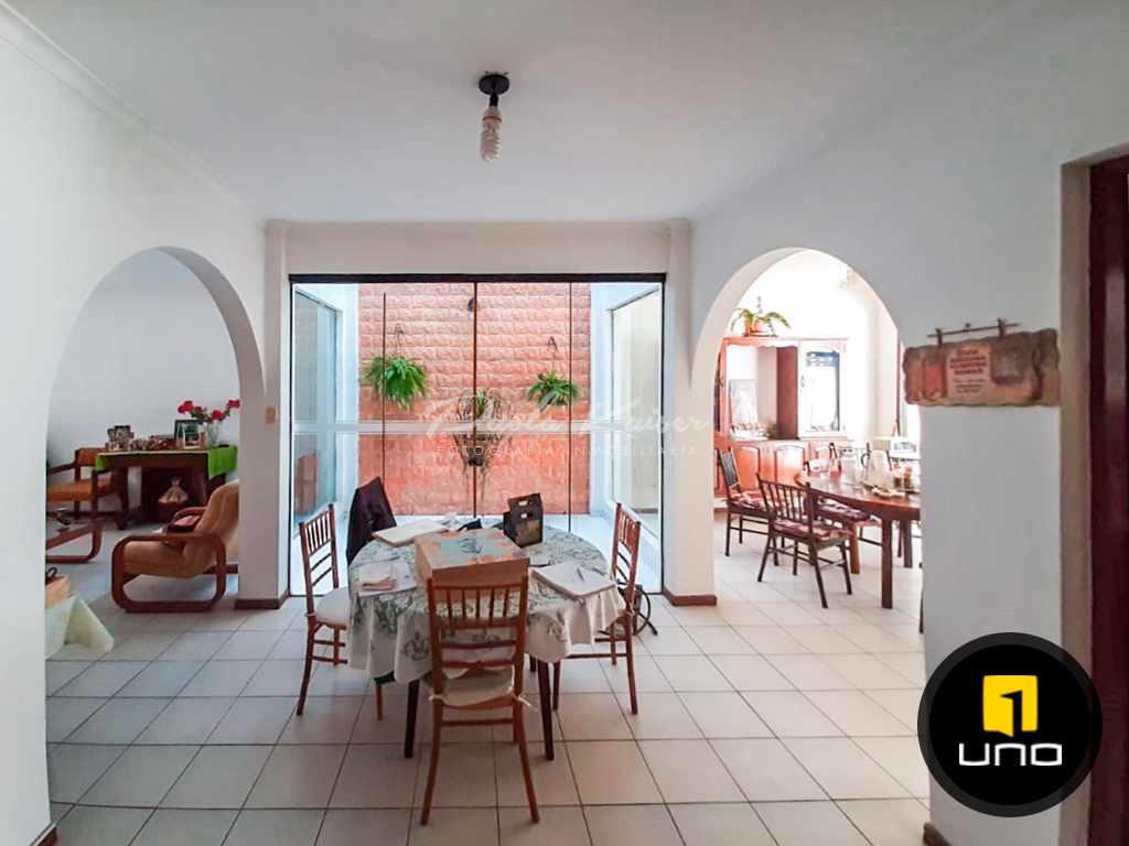 Casa en Venta Linda casa en venta en Equipetrol, Sirari Foto 5
