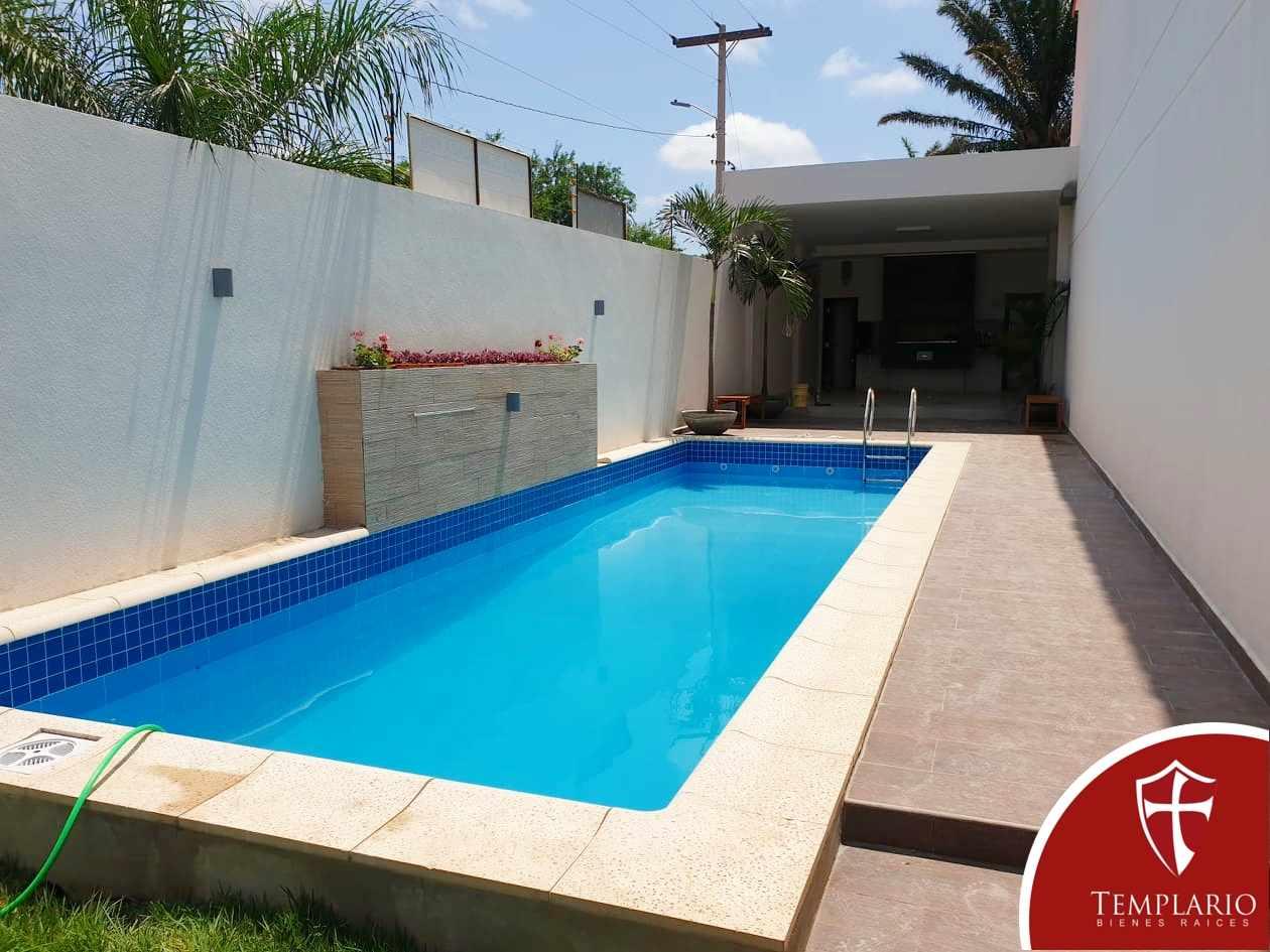 Casa en Venta Av.  Beni 8vo y 9no Anillo - Zona Norte Foto 4