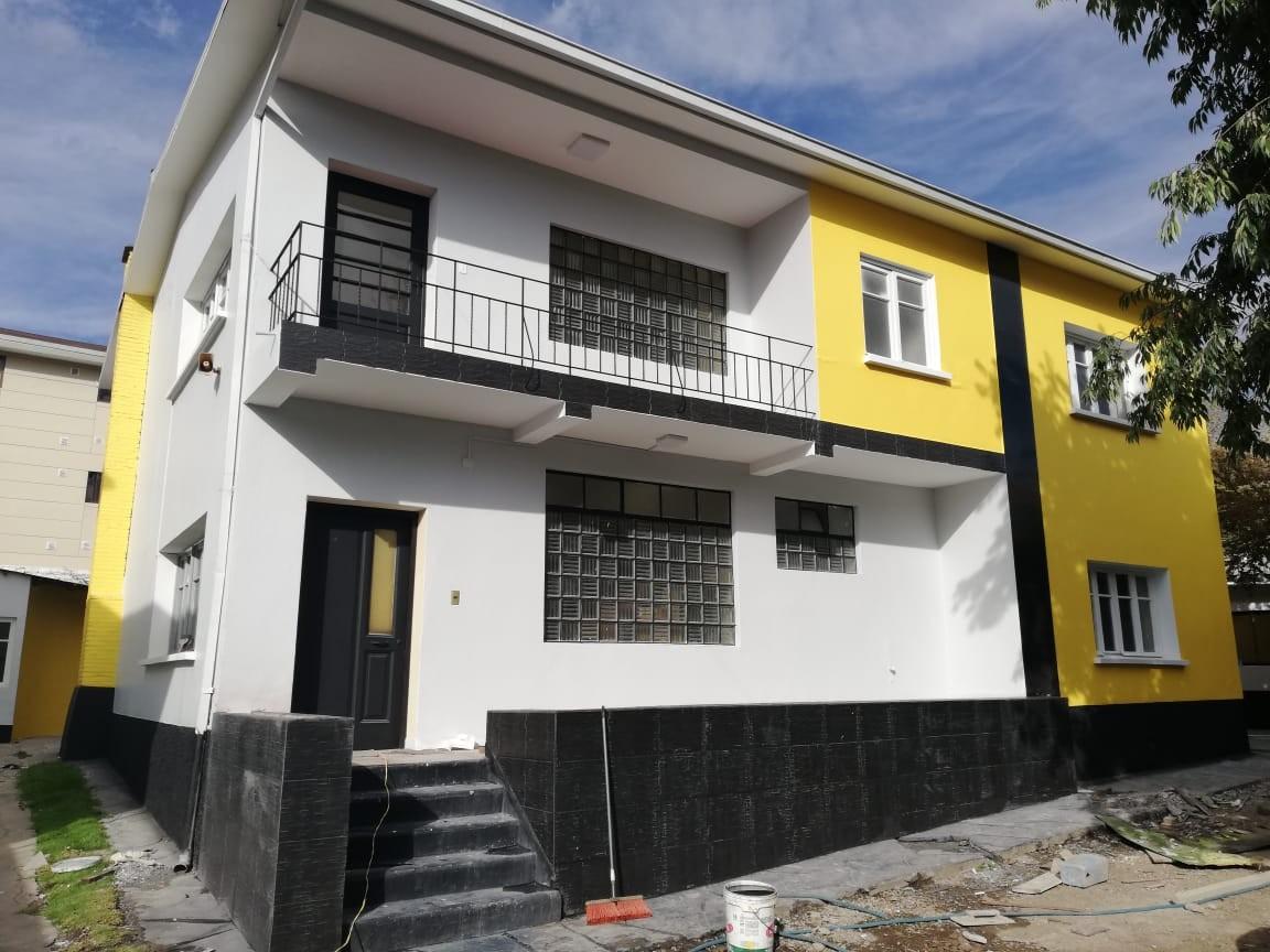 Casa en Alquiler Calacoto calle 14 Foto 1