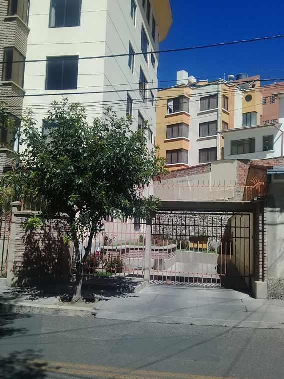 Departamento en Alquiler Edificio Lira (calle Rafael Bustillos #1022) Foto 4
