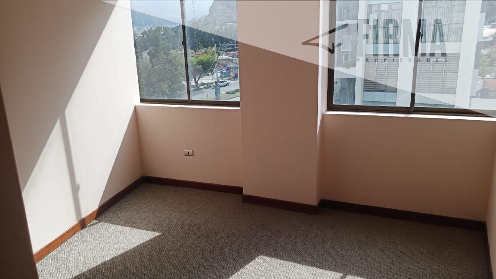 Departamento en Alquiler ALQUILA ESTE DEPARTAMENTO EN CALACOTO Foto 3