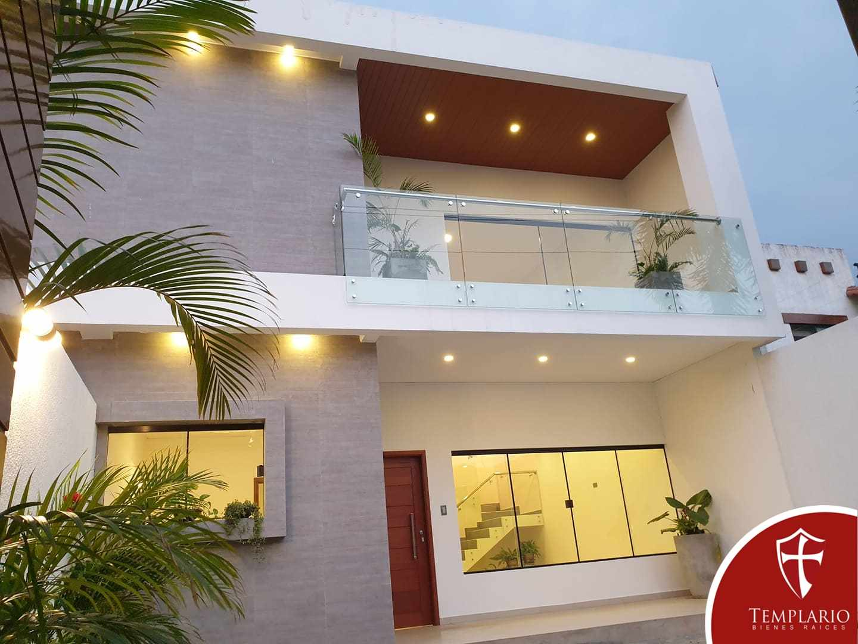 Casa en Venta Av. Santos Dumont 3er y 4to Anillo - Vecindario Residencial Foto 1