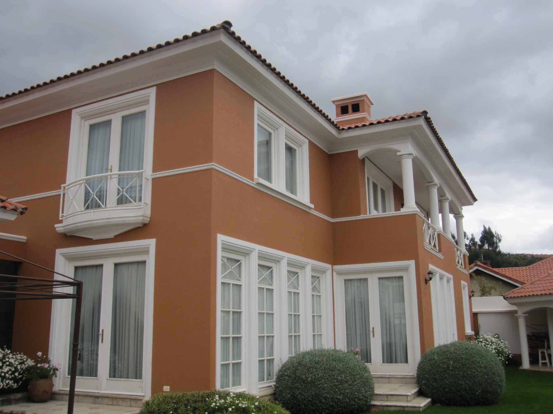 Casa en Venta ACHUMANI PRECIOSA RESIDENCIA EN VENTA  Foto 2