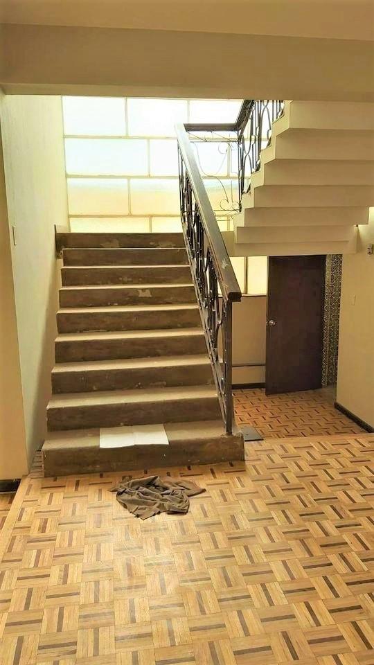 Casa en Alquiler Calacoto Calle 20 Foto 6