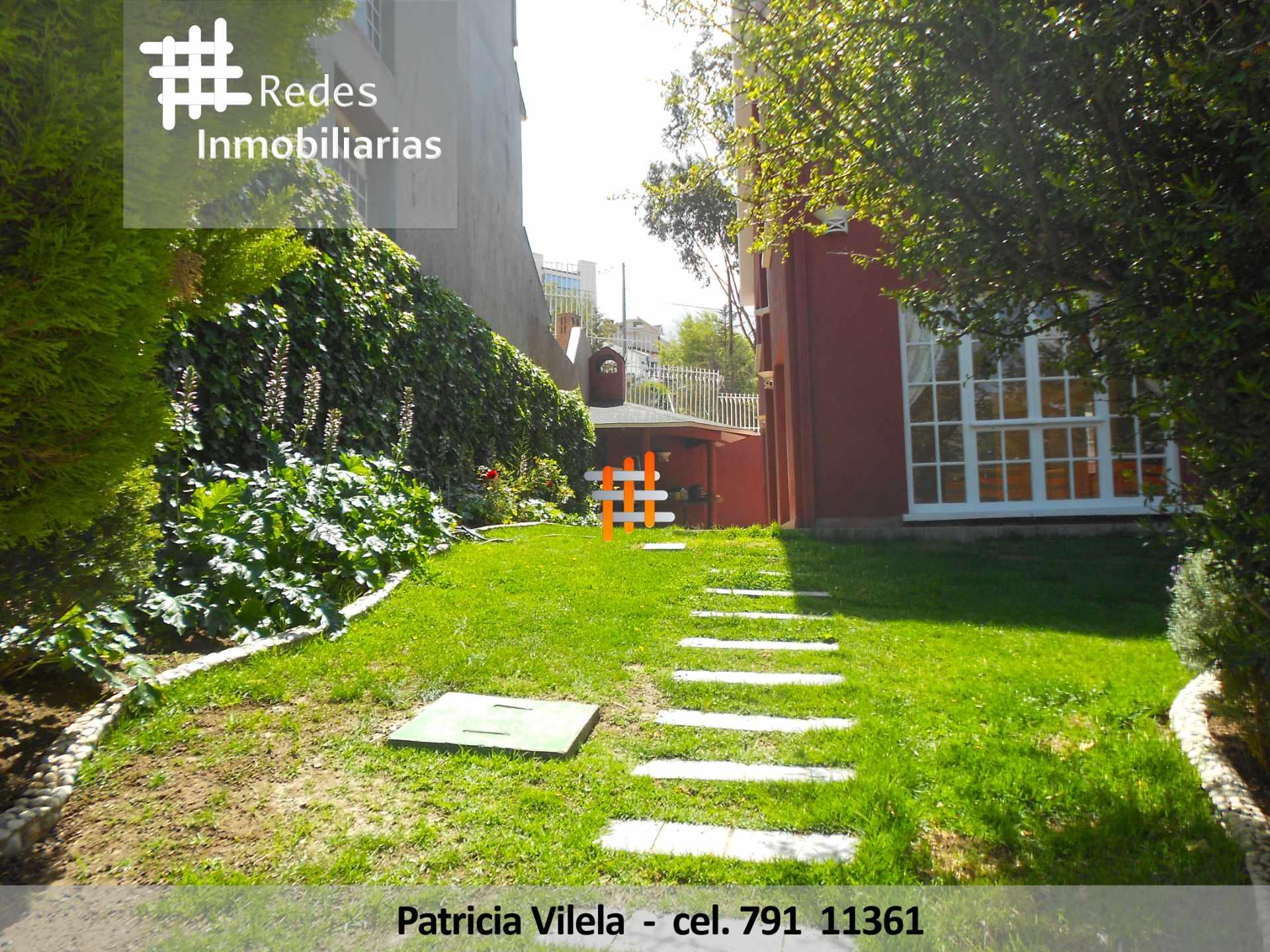 Casa en Venta HERMOSA CASA EN VENTA ACHUMANI CONDOMINIO PRIVADO  Foto 3